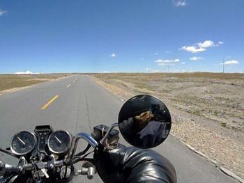 摩托车毕业旅行用力地跟青春告别