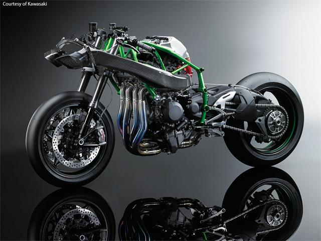 近日,川崎放出2015版忍者h2r,该车采用750cc双缸发动机,最大功率