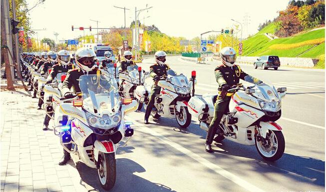APEC国宾护卫队摩托车身融入多种中国元素