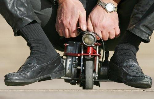 世界最小的摩托车,2公斤重!