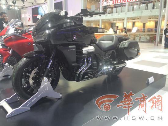 广州车展上最拉风的摩托