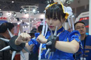 摩博会本田展台上的cosplay