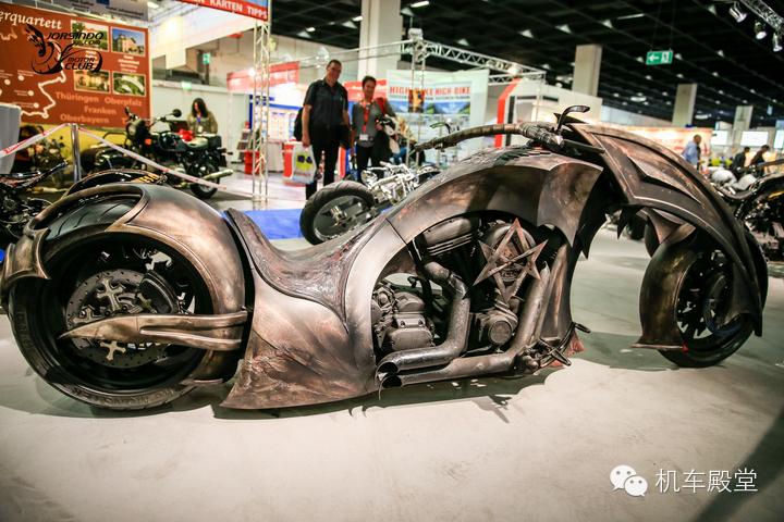 恶魔怪侠拥有灵魂的超级摩托车