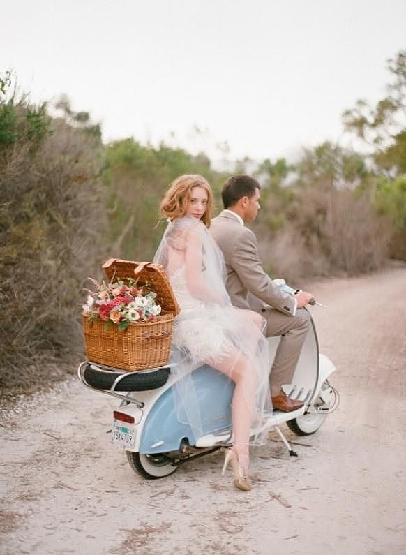 摩托�上的浪漫幸福