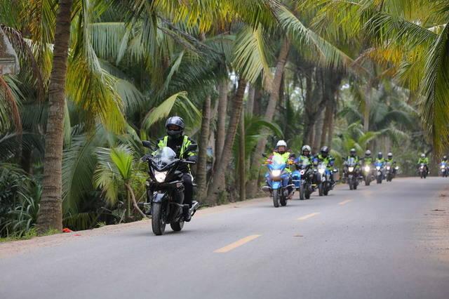 GW250自由之旅骑行海南享受冬日热带风情