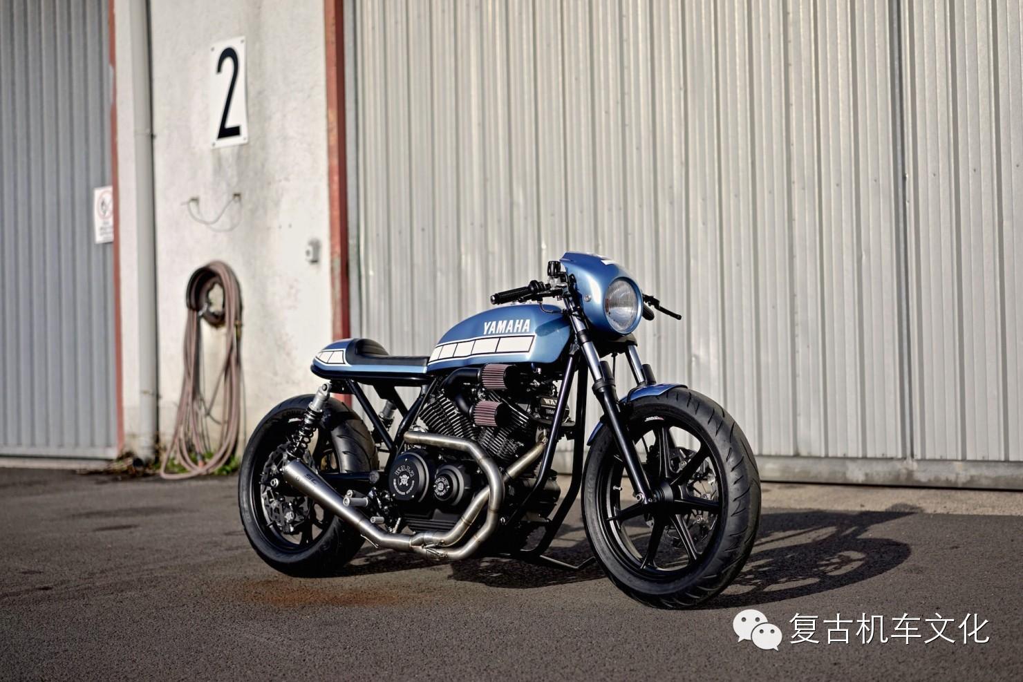 雅马哈XV950定制复古摩托车