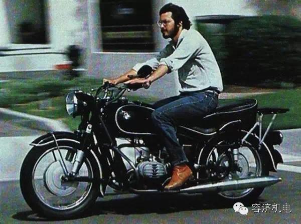乔布斯和摩托车的不解之缘