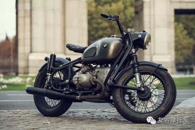 宝马复古摩托车BMWR69