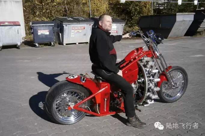 牛大了,牛人改造摩托车配飞机发动机