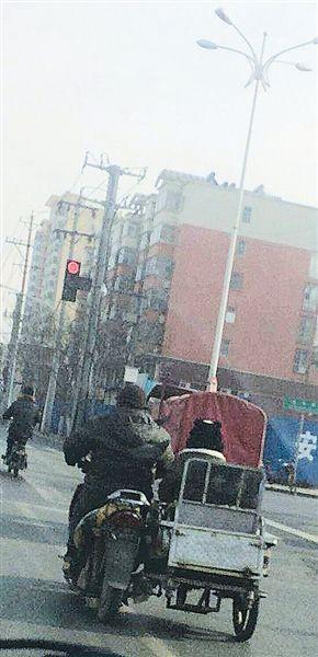街头奇葩改装车摩托车和三轮组合到一起