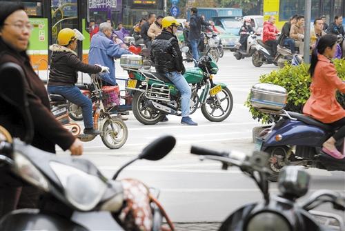 """南宁:摩托车""""大限""""将至10日起市区禁行"""