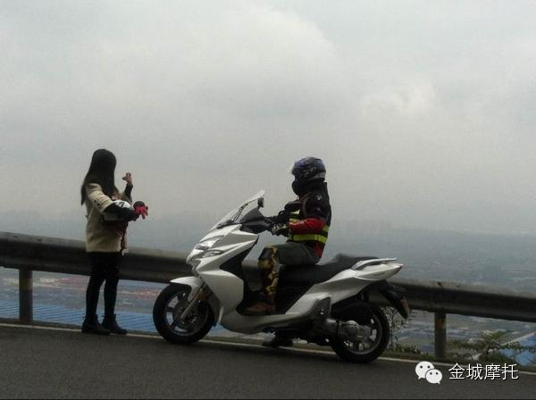 贵族范越途金城Travelin/JC200T-8试车花絮