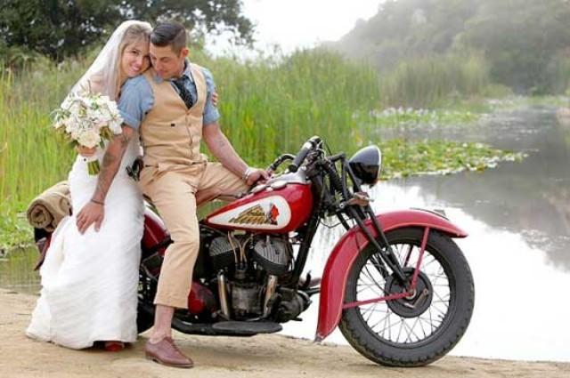 曾经坐在你摩托车后面的姑娘