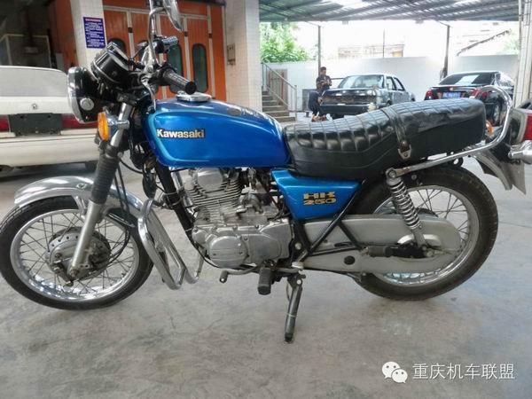 中国摩托车史上?#26408;?#20856;时代:黄河川崎250