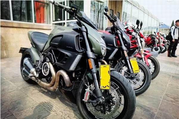 两轮文艺复兴意大利摩托车聚会