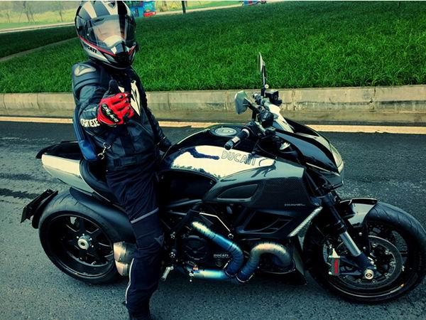 在摩托车上感知世界
