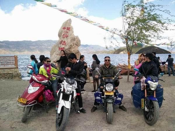 骑上摩托,去泸沽湖,找自己!