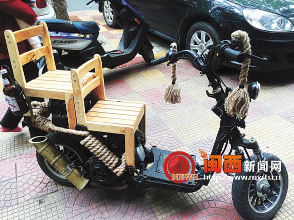 古朴小摩托木凳座椅竹筒排气管