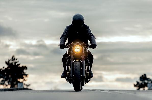 Yamaha改装新作:XJR1300Skullmonkee