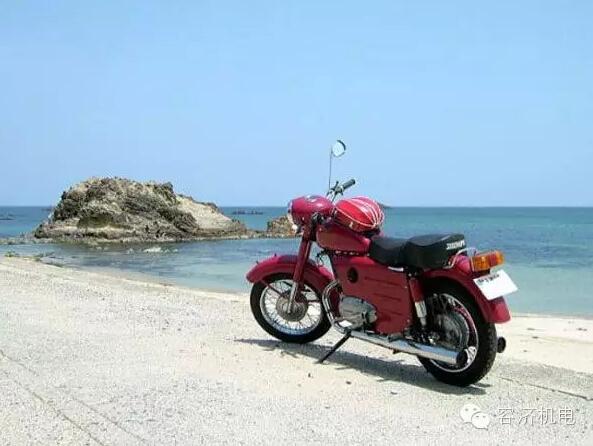 曾记否?当年第一部摩托车