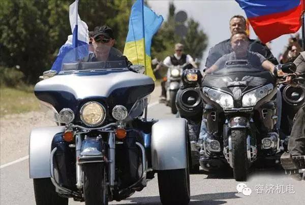 爱骑摩托的总统,有第二个吗?