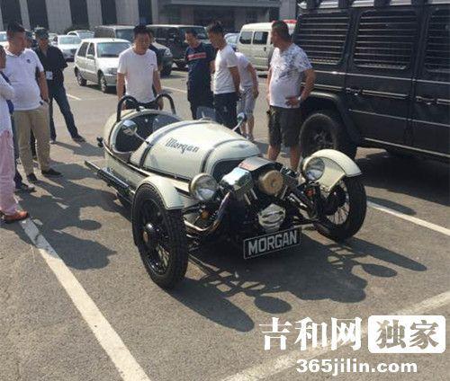 长春华港现30多万拉风复古三轮摩根摩托车