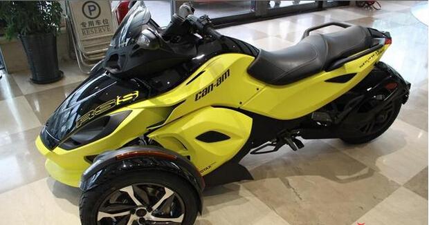 庞巴迪公司集先进科技技术于一身的梦幻创新三轮摩托
