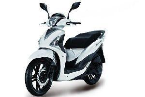 台湾三阳摩托车ST200,XS175T
