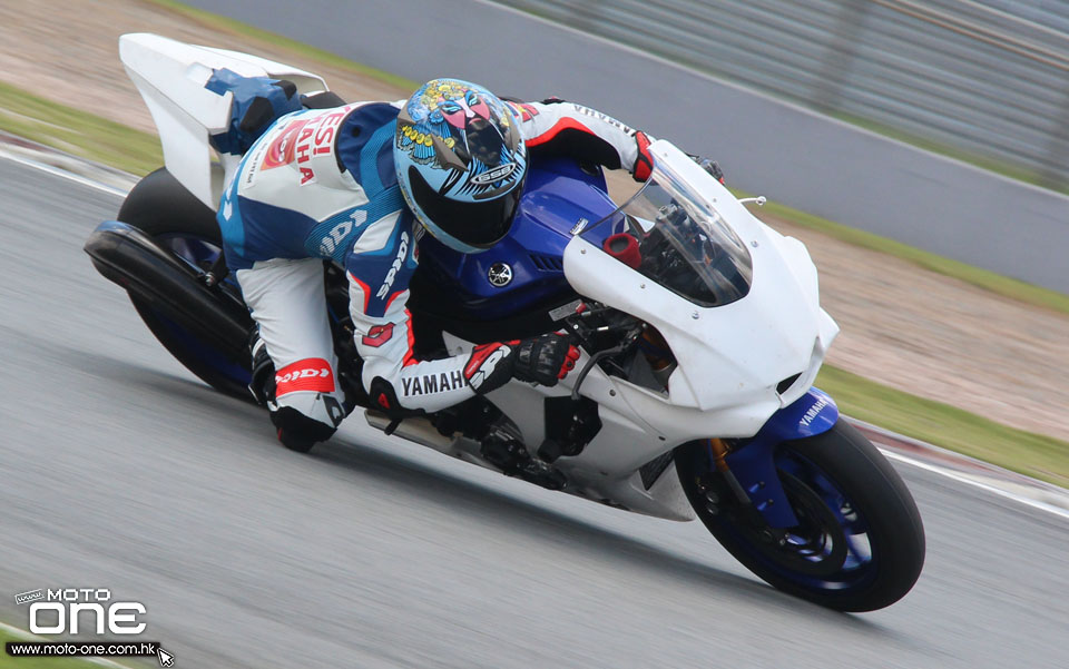 2015YAMAHAYZF-R1冠军车手赛道极速测试