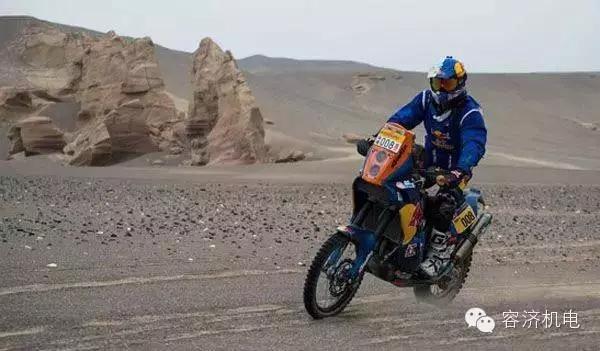摩托车超级越野弯道技术浅谈
