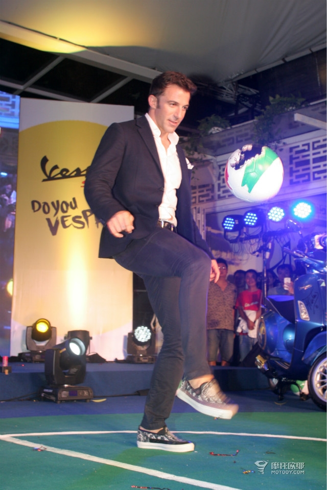 意大利著名球星皮耶罗正式成为VESPA全球品牌大使