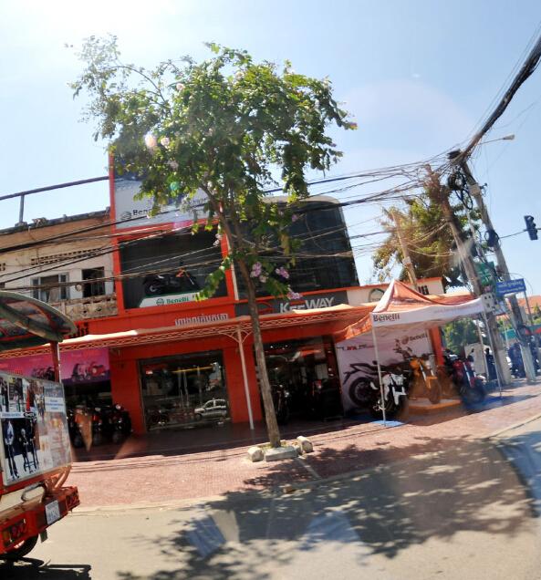 途经柬埔寨金边的贝纳利/Keeway展厅