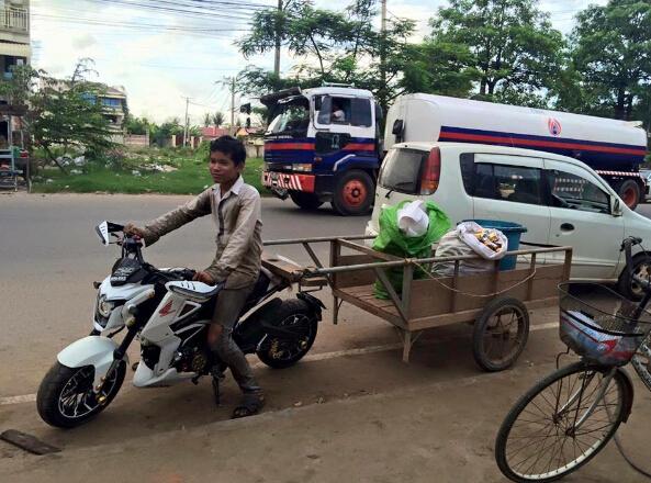 HondaMSX125改装车在柬埔寨