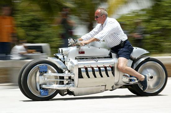 献给世界上最快的男人用速度征服世界
