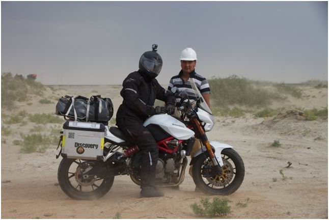 法国小伙骑黄龙穿行万里走丝路(哈萨克斯坦部分)