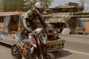 菲律宾街头超炫花式摩托车特技表演