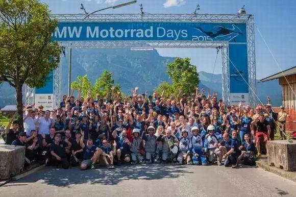 第15届国际宝马摩托车文化�赓|和婀娜节成功举办