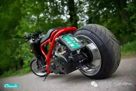本田祖玛Zoomer疯狂小踏板改装!