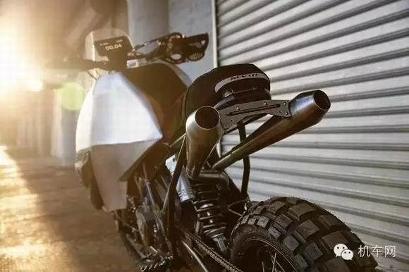 KTM950:为越野而改装的小怪兽