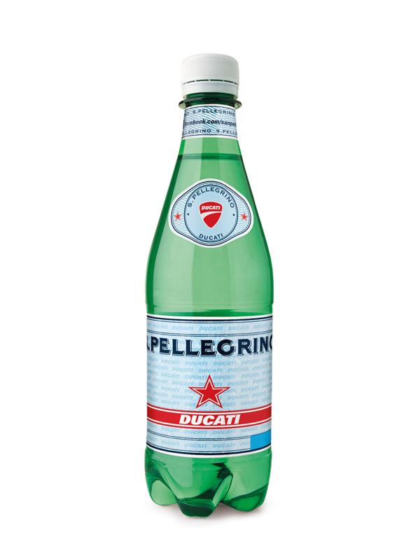 意式生活方式圣培露与杜卡迪联袂发布限量瓶