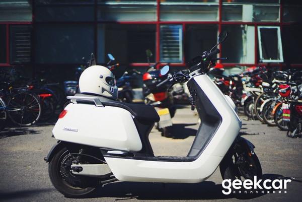 个人电动交通工具通勤日记:小牛N1电动踏板车