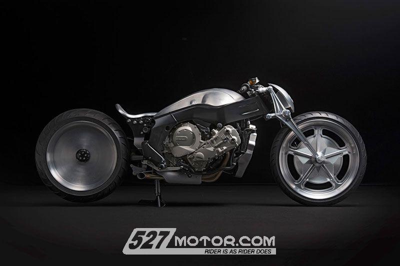 "BMWK1600GTL改装车型发布变身""钢铁战士"""