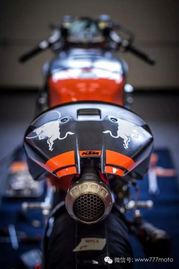 KTM首度公开测试2017MOTOGP战车RC16