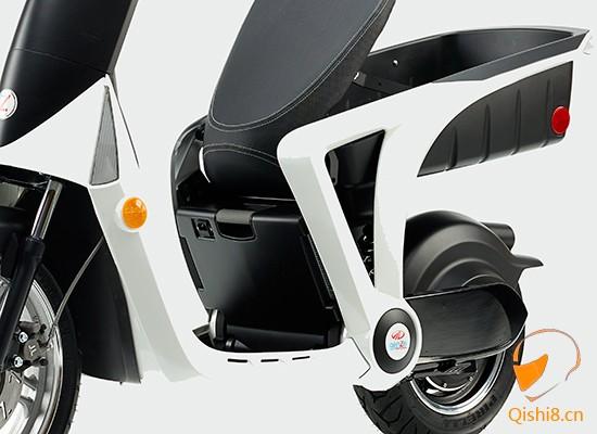 自带联网的GenZe电动车2.0全美上市