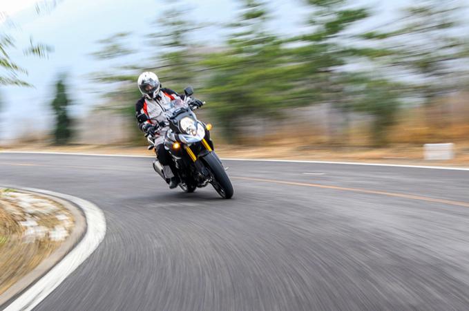 八十年代进入中国的铃木ax-100型摩托车在长春生产