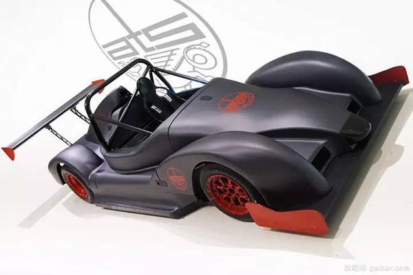 这部搭载摩托车引擎的奇葩,居然是专业赛车?