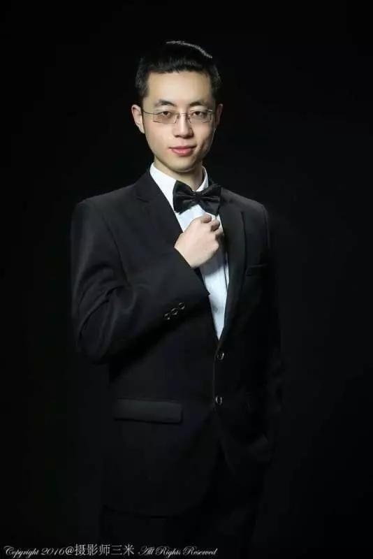 �L沙婚�Y司�x、摩托��l��友――靳敬巍