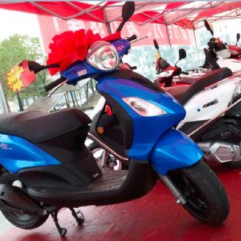 宗申比亚乔CITY FLY都市飞翔125cc踏板车摩托车助力车BYQ125T-3E