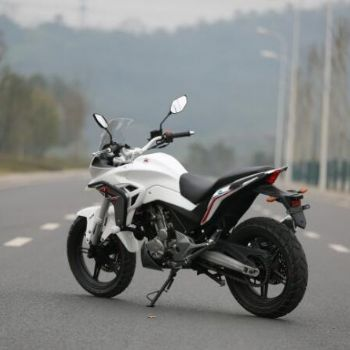 黄河自由300X 摩托车