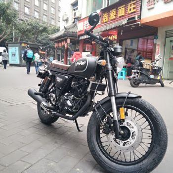拿铁摩托车银钢复古摩托车银钢YG200-8摩托车